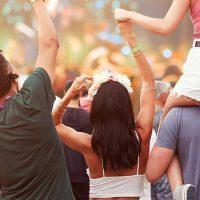Ørepropper til festivaler - lyt til din yndlingsmusik og undgå høreskader